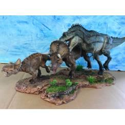 T-Rex jagt Triceratops, Dinosaurier Diorama