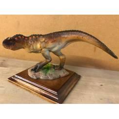Carnotaurus braun, Dinosaurier Modell von Alexander Belov