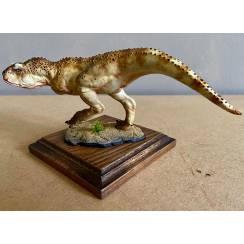 Carnotaurus hell-braun, Dinosaurier Modell von Alexander Belov