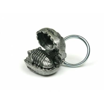 Trilobit in Steinknolle, Schlüsselanhänger aus Zinn