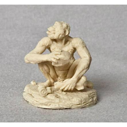Australopithecus crouching, Model Kit by Vitali Klatt
